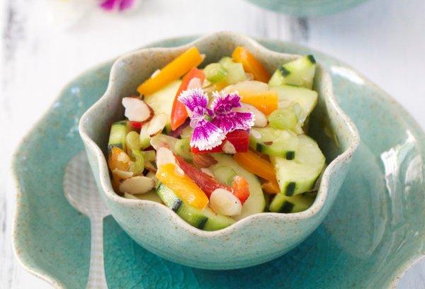 Рецепт                  Летние салаты из огурцов: ТОП-5 рецептов