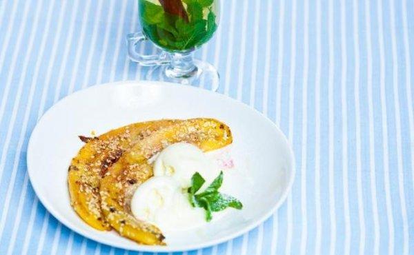 Рецепт                  Завтрак-десерт: Жареные бананы с мороженым
