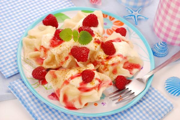Датская коса с летними ягодами – кулинарный рецепт