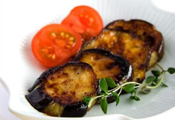 Рецепт                  Жареные баклажаны с чесноком