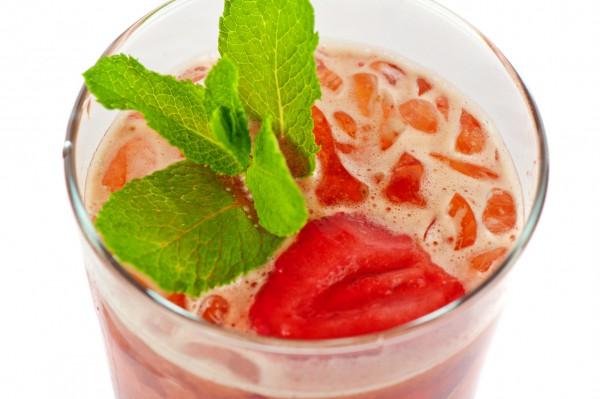 Рецепт                  Холодный клубничный чай