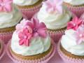 Рецепты на 8 Марта: капкейки с цветами