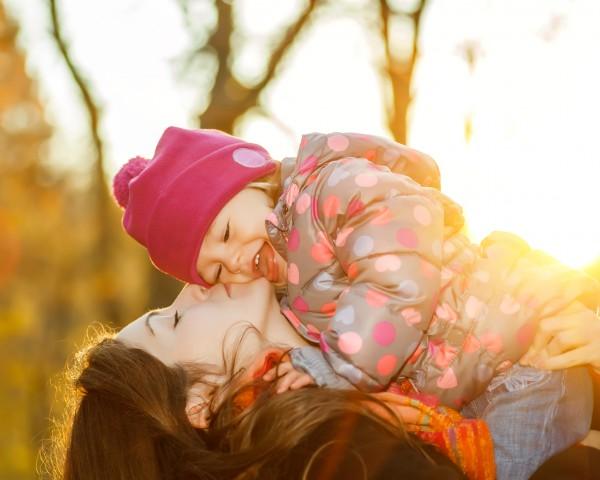 Если вы хотите осчастливить весь мир, идите домой и любите свою семью