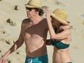 73-летний Пол Маккартни отдохнул с женой на карибском пляже