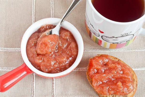 Рецепт                  Яблочное повидло с красной смородиной