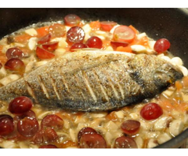 Рецепт                  Дорада с виноградным соусом