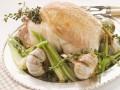 Запеченная курица с чесноком и розмарином