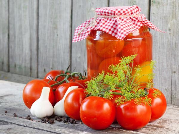Рецепт                  Маринованные помидоры с морковью и луком