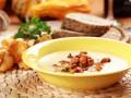 Летний суп из лисичек и плавленого сыра