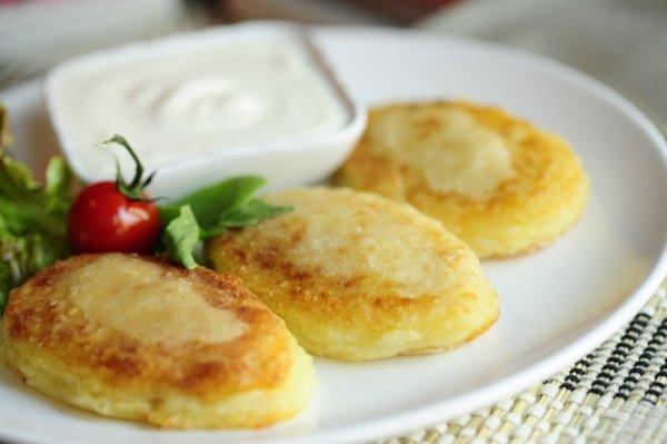 Рецепт                  Картофельные зразы с мясом