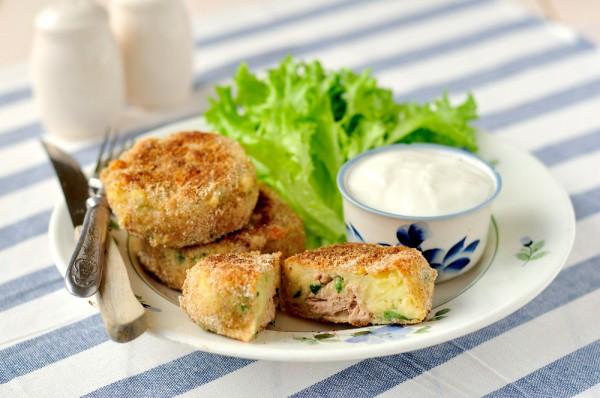 Рецепт                  Картопляники с рыбой и сыром