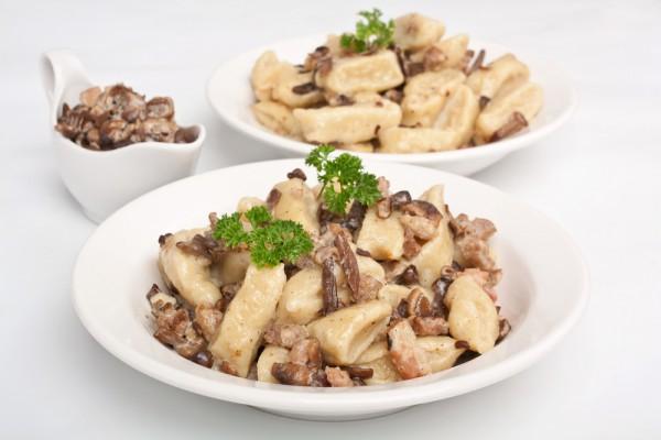 Рецепт                  Жареные пельмени с грибами