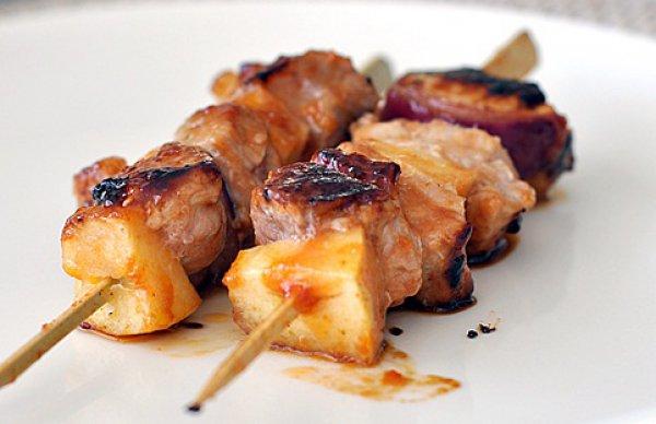 Рецепт                  Шашлычки из свинины с яблоками
