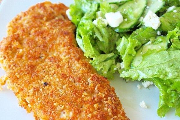 Рецепт                  Куриное филе в сырной панировке с зеленым салатом