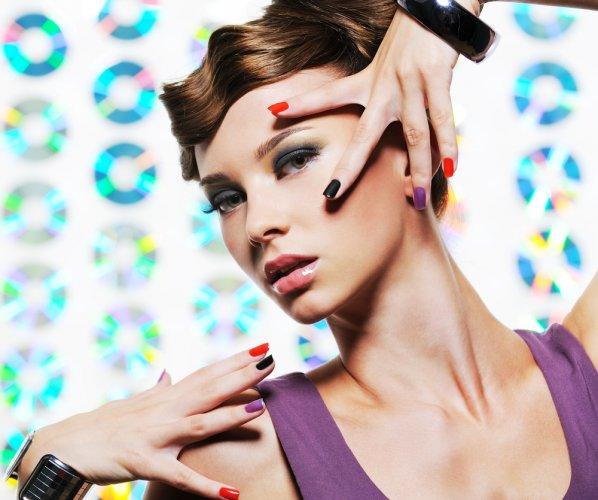 Как вернуть глазам ясный взгляд отбелив кожу вокруг глаз