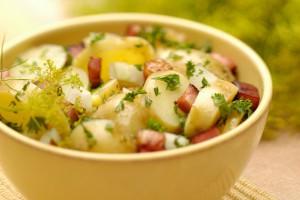 Картофель с грудинкой и зеленью