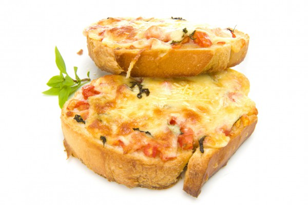 Рецепт                  Гренки с помидорами и сыром