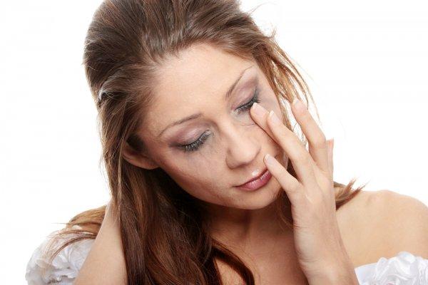 Многие дефекты кожи появляются от отсутствия в еде витаминов