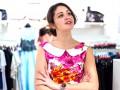 Победительница конкурса на Ivona примерила стильные платья на выпускной