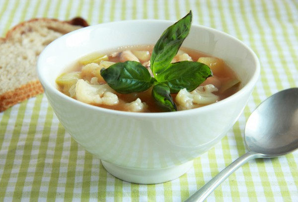 Рецепт                  Суп из цветной капусты с фасолью