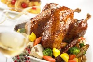 Запеченная птица - традиционное блюда на рождественском столе