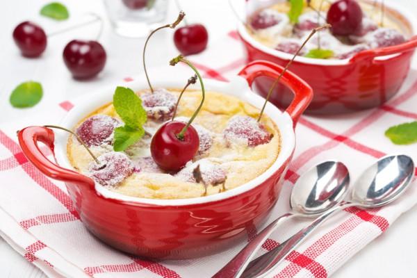 Рецепт                  Мини-клафути с черешней