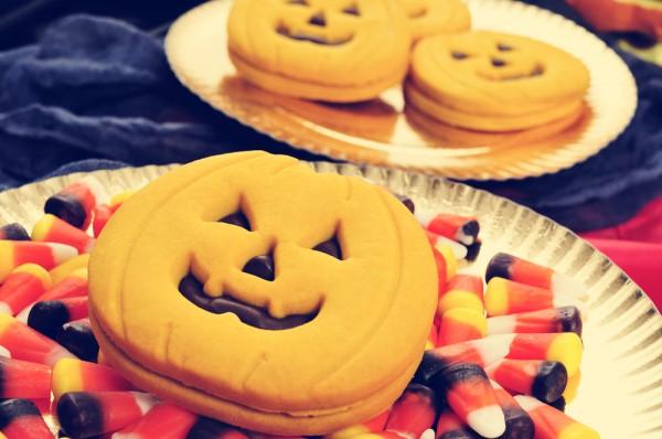 Тыквенное печенье с шоколадом на Хэллоуин