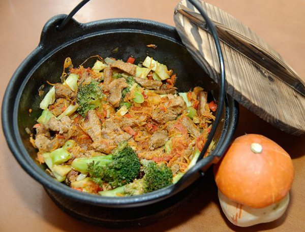 Рецепт                  Тушеная говядина с овощами