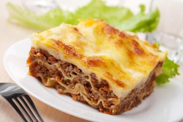Рецепт                  Лазанья с мясным фаршем и сыром