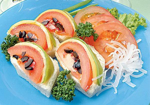 Рецепт                  Новогодние бутерброды Арбузные дольки