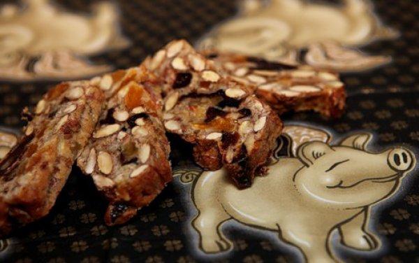 Рецепт                  Бискотти с орехами и сухофруктами