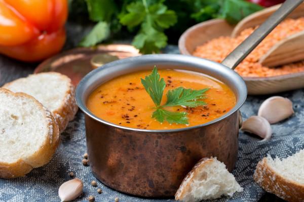 Рецепт                  Постный суп-пюре из чечевицы с томатами