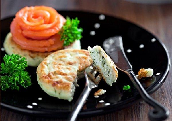 Рецепт                  Сырники с пряной зеленью