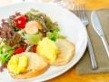 Салат из креветок и ананасов