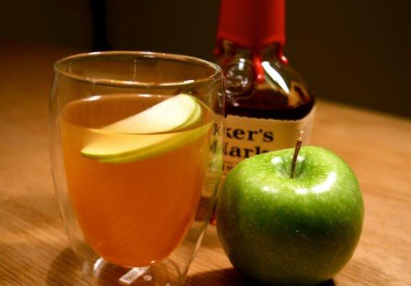 Грог с зеленым яблоком