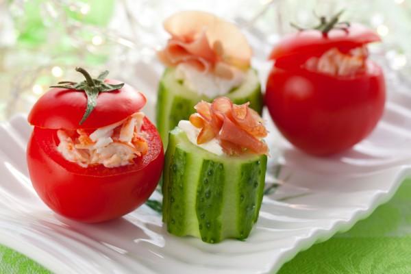 Рецепт                  Рецепты на 8 марта: Фаршированные помидоры с креветками