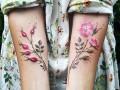 Цветочный принт на коже: идеи для женской татуировки