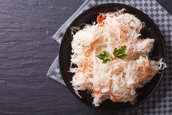 Как быстро замариновать капусту - белокачанную, морскую и цветную