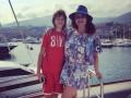 Наташа Королева показала фото с сыном и похвасталась ножками