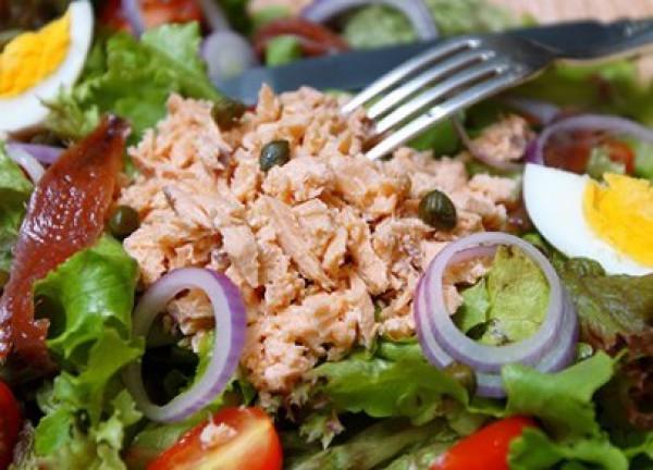 Рецепт                  Салат Нисуаз с лососем