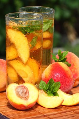 Рецепт                  Холодный чай с персиками