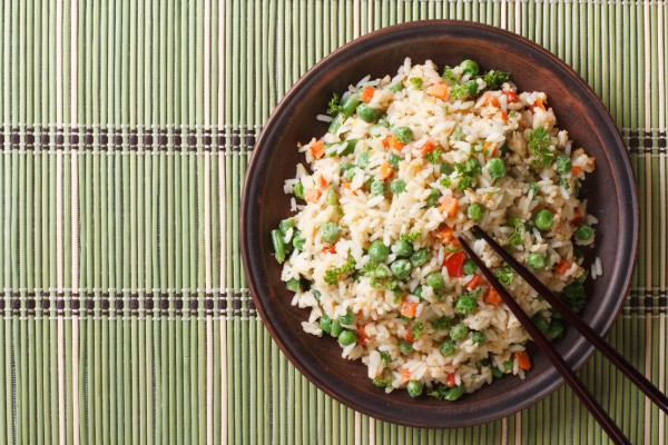 Рецепт                  Китайский Новый год 2015: Жареный рис с овощами и яйцом