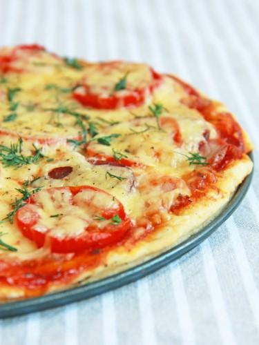Рецепт                  Пицца с мясом и помидорами