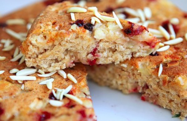 Рецепт                  Пирог с брусникой и яблоками