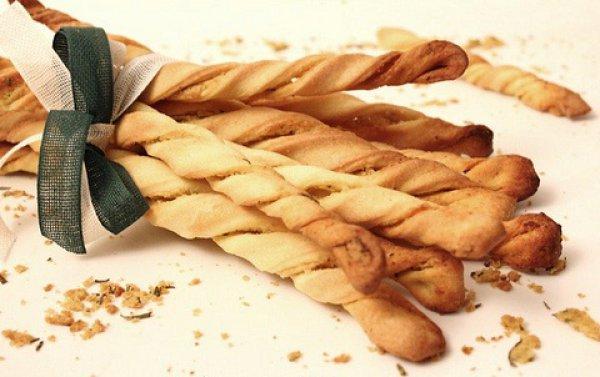 Рецепт                  Гриссини с луком и сыром