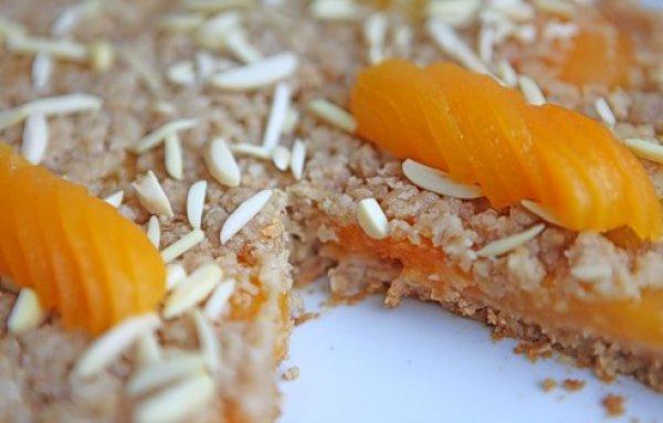Рецепт                  Овсяный пирог с абрикосами