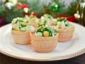 Салаты на Новый год: Салат с кукурузой в корзинках