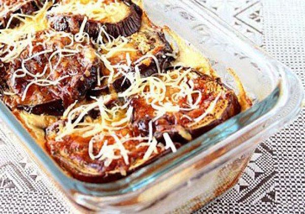 Рецепт                  Баклажаны, запеченные с сыром
