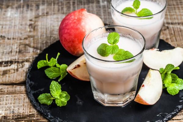 Персиковый коктейль с кофе