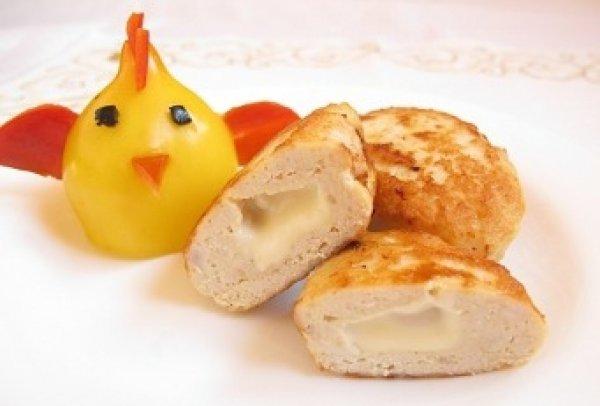 Рецепт                  Куриные котлеты с плавленым сыром